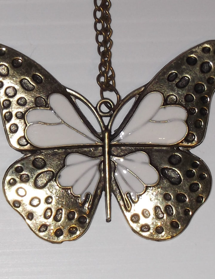 Ladies Fashion Butterfly Pendant Necklace