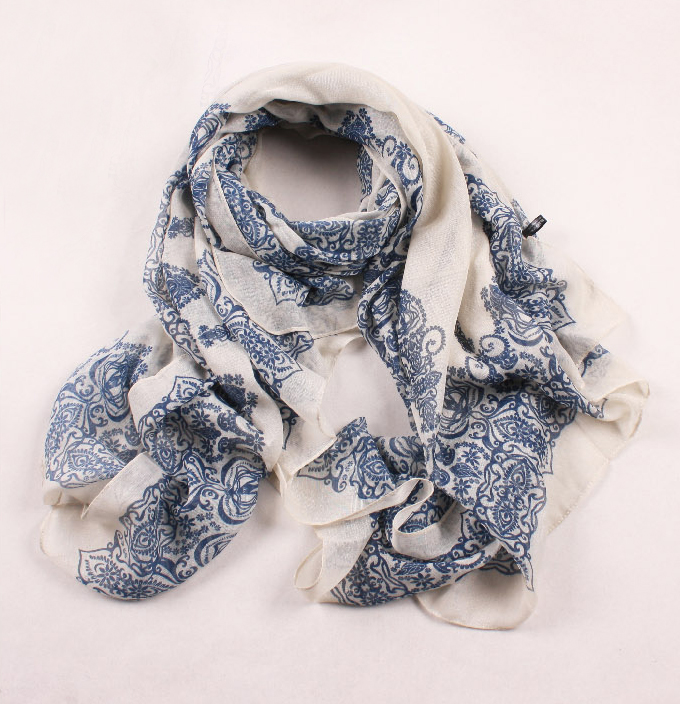 paisley style scarf cream/blue