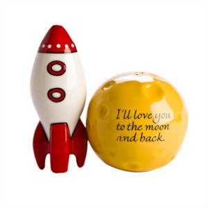 moon rocket salt & pepper shakers