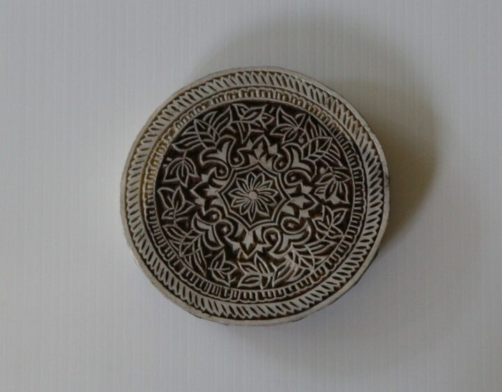Large Round Floral Stamp